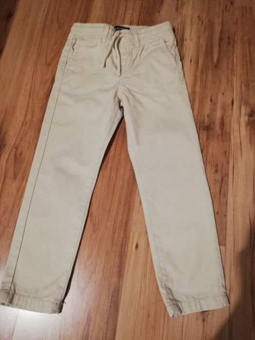 Bawełniane jasne spodnie. R 116-122 Pyrzyce - image 1