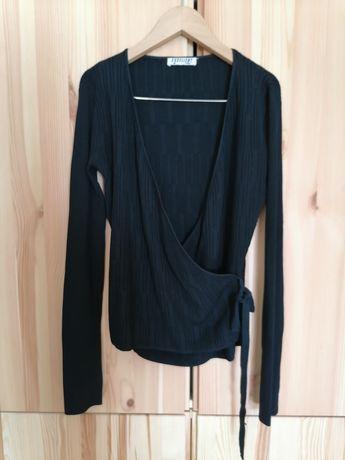Casaco preto traçado