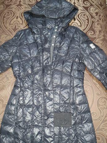 Куртка зимняя спортивная на пуху