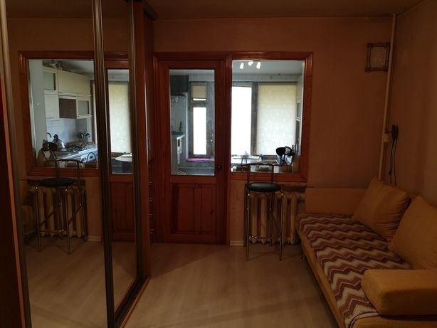 Продам 2к квартиру в Соломенском районе 41кв.м за 37500у.е.