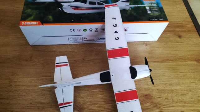 WL Toys F949 RC Самолет