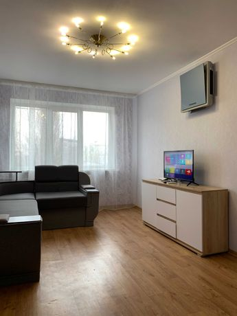 Сдам 2-комнатную квартиру c ремонтом и техникой, Центр