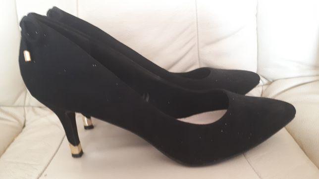 Eleganckie wizytowe buty, szpilki rozm.41