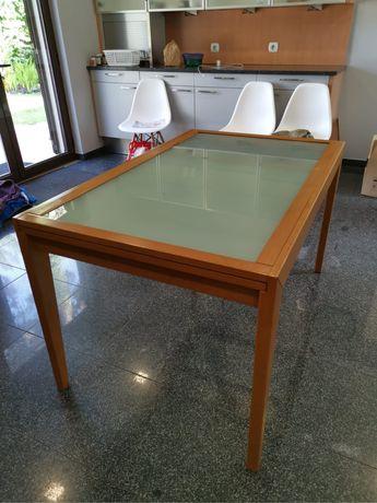 Mesa de cozinha, tampo de vidro fosco.