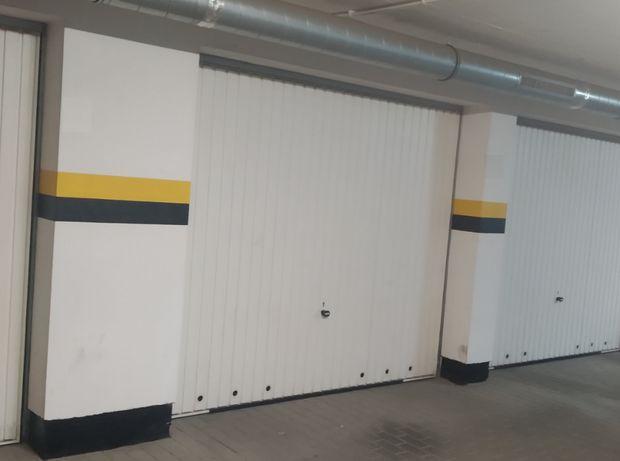 Garaż w Olimpijskich Ogrodach