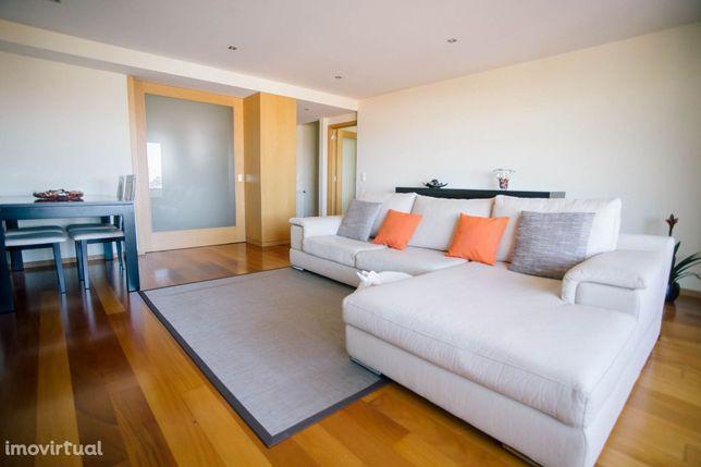 Apartamento T2 Candal / Santa Marinha