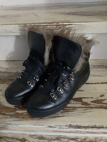 Reserved ocieplane skórzane buty, botki z futerkiem, wiązane r. 38