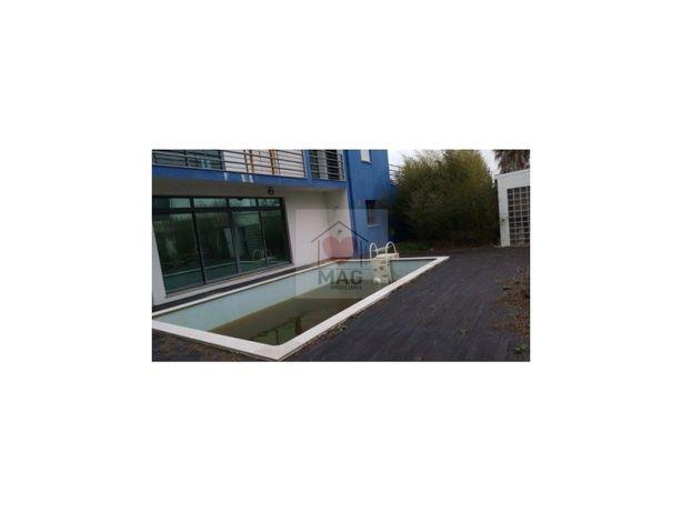 Moradia com piscina em Palmela Village - 100% Financiamento