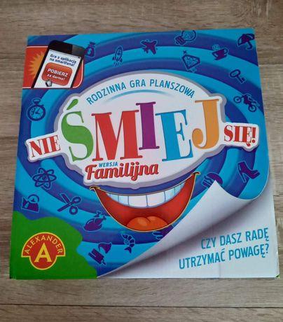 Gra rodzinna Nie śmiej się!