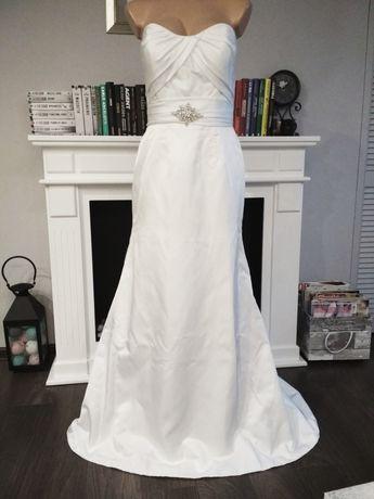 Skromna i elegancka suknia ślubna biała gładka 36 38