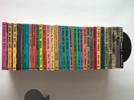 Livros Ficção Cientifica - Editora: Argonauta - 38 livros