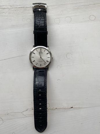 Продам наручные часы Roamer 937830-41-15-09