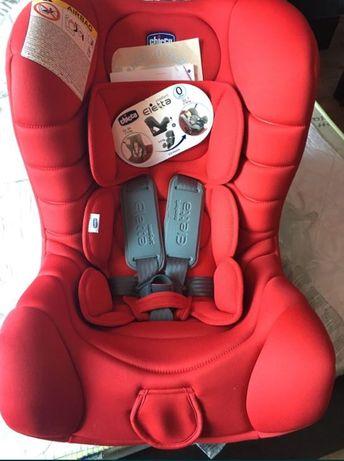 Продам новое автомобильное  кресло chicco