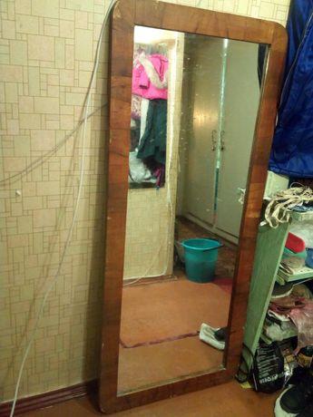 Зеркало антиквар,стулья
