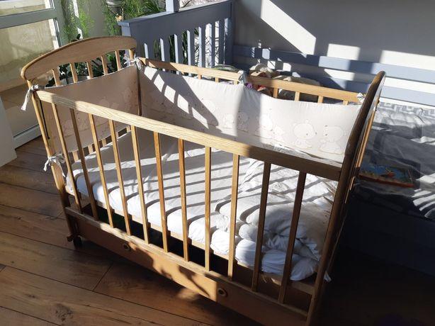 Детская деревянная кроватка(манеж). Матрас, защита, одеяло, белье.