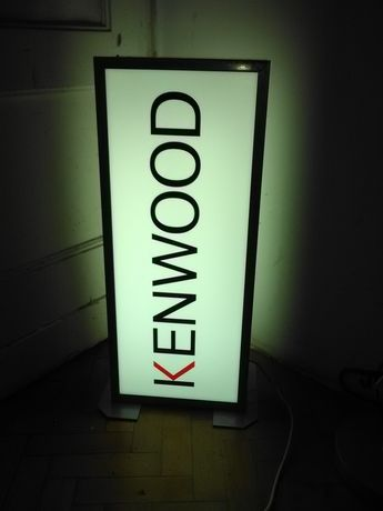 KENWOOD Kaseton reklamowy podświetlany KENWOOD