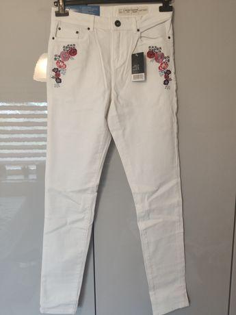 Nowe białe haftowane dżinsy Esmara Lidl rozmiar 36