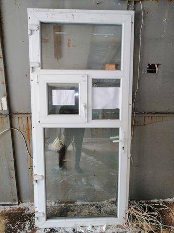 Металлопластиковая дверь б/у