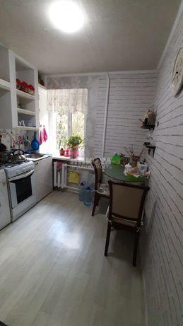 Продам квартиру в центре Луганска