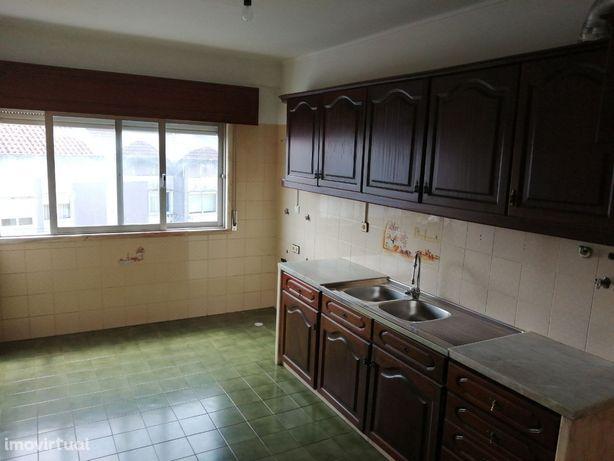 Apartamento T2 - Massamá