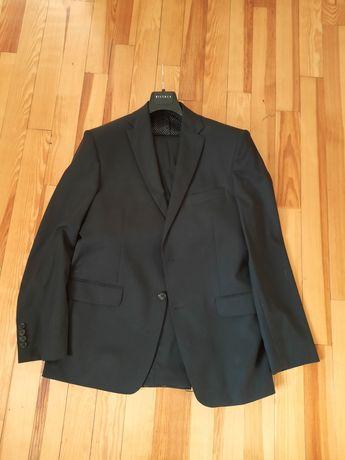 męski czarny garnitur