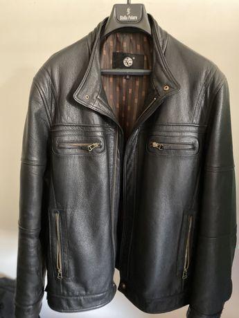 Стильна нова шкіряна куртка для чоловіка