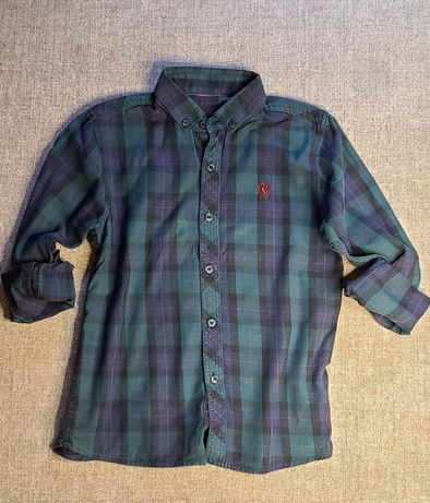 Продам фланелевую рубашку на мальчика р.7 лет