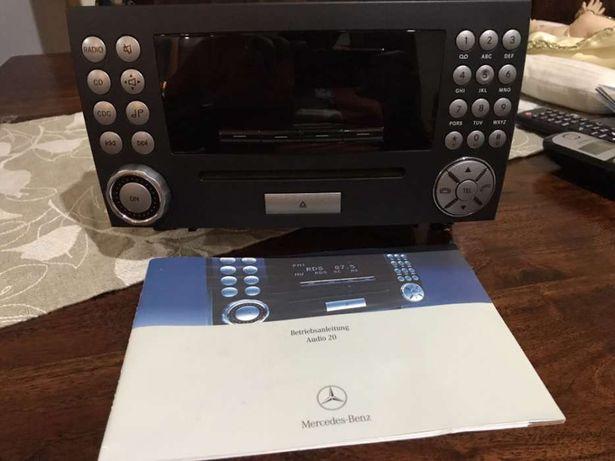 Auto-rádio Mercedes