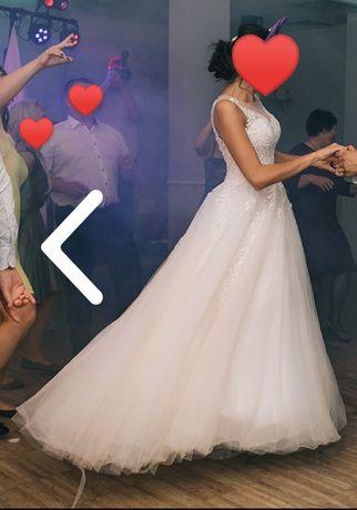 Suknia ślubna (rozmiar 36/38) w kolorze szampańskim z dodatkiem ecru