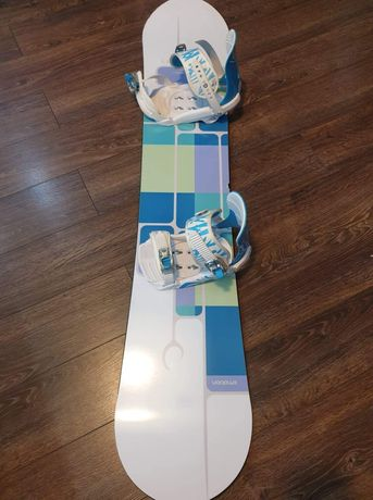Deska snowboardowa 147