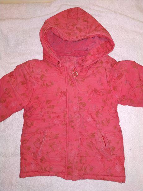 Теплая весенняя куртка на 3-5 лет