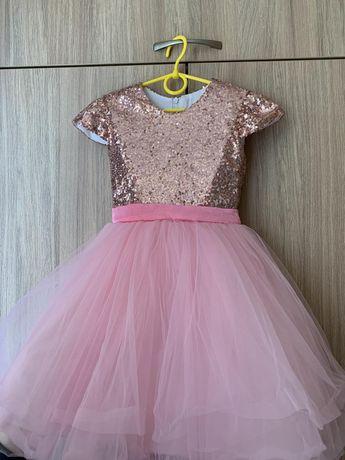 Нарядное платье на рост 110-116