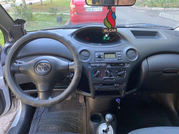 Toyota Yaris 2004