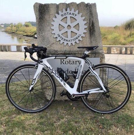 Pinarello Dogma Bicicleta Estrada