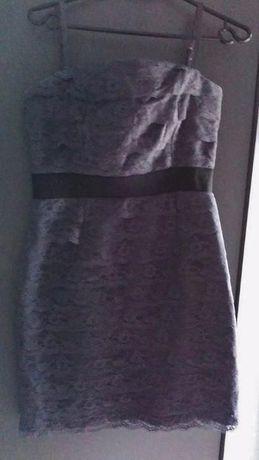 Sukienka elegancka Reserved