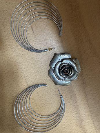 Kolczyki i zawieszka róża metal