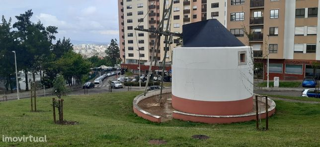 Lugar de Parqueamento Quinta Grande