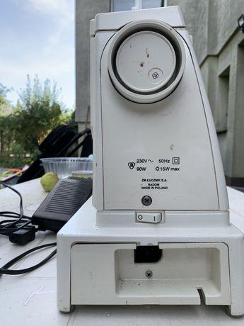 Klasyczna maszyna do szycia Łucznik 875