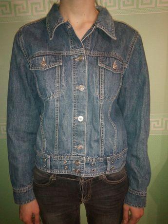 куртка джинсовая 40-42 р.