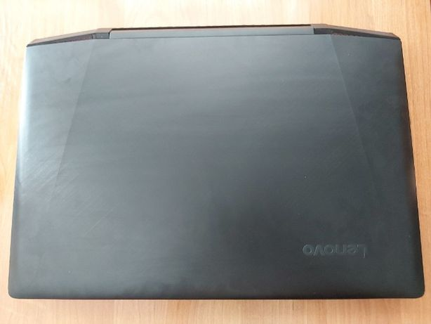 Lenovo Ideapad Y700 – 15ISK 80NV – używany + sprzęt gamingowy Razer