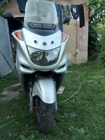 Скутер Максі ( Ямаха)