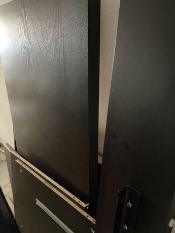 Mesa de escritório Ikea madeira escura com gavetas excelente preço