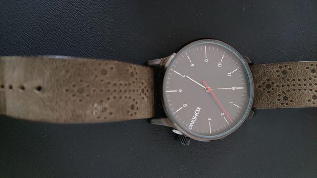 Часы Komono The Winston Brogue Charcoal