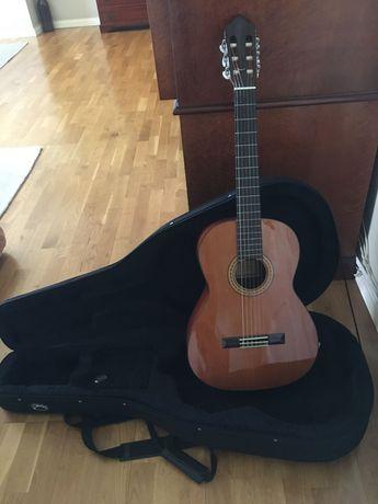 Guitarra clássica Esteve 3E + Estojo