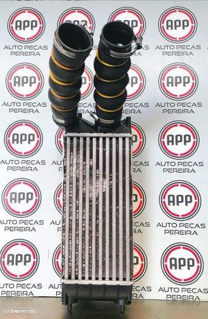 Radiador de intercooler Peugeot 3008 de 2011 1.6 HDI.