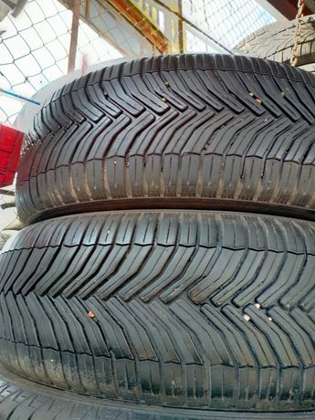 *215/65/16 Michelin CrossClimate Мишелин 2шт