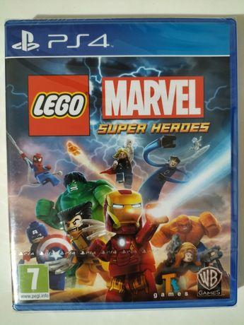 LEGO Marvel Super Heroes - PS4  (Novo, selado)