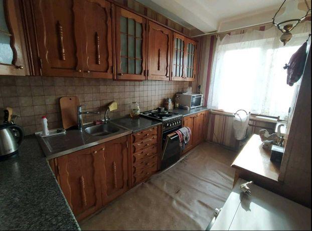 Сдам подселение в комнату м. Черниговская квартира (комната на двоих)