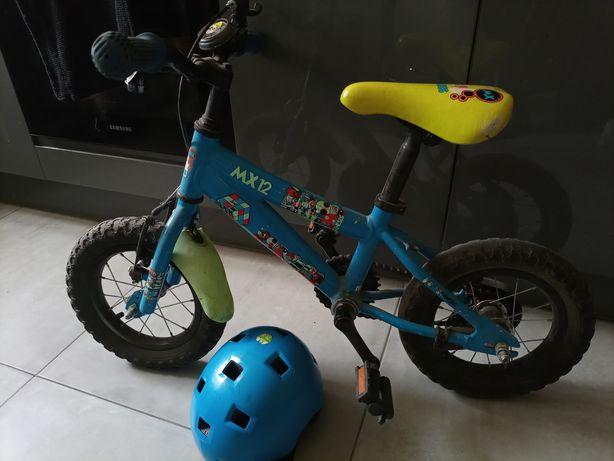 GENESIS rowerek cudny 12 cali , kask Decathlon , kółka boczne zestaw