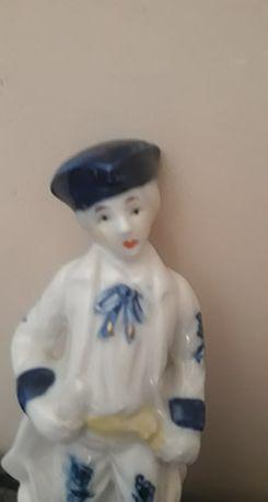 Figurka porcelanowa (S.80)